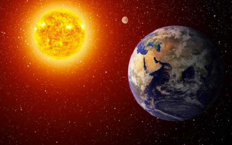 https: img.okezone.com content 2021 07 06 56 2436125 hari-ini-fenomena-aphelion-matahari-tampak-lebih-kecil-lsQLLAwYIS.jpg