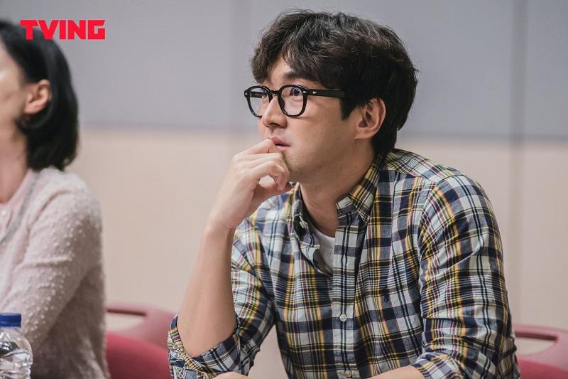 https: img.okezone.com content 2021 07 07 206 2436904 choi-siwon-bintangi-drama-baru-tving-city-girl-drinkers-VrkT9pV4pY.jpg