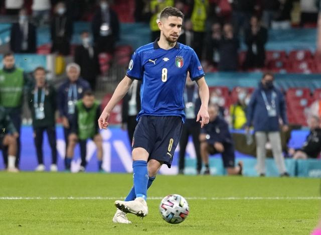 https: img.okezone.com content 2021 07 07 51 2436844 5-momen-menarik-laga-italia-vs-spanyol-di-semifinal-eropa-2020-nomor-1-penalti-keren-tL7Y45OoHl.jpg