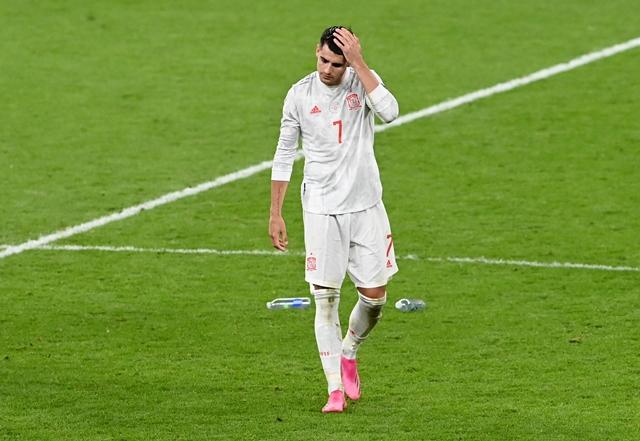 https: img.okezone.com content 2021 07 07 51 2436939 jadi-penyebab-kekalahan-timnas-spanyol-dari-italia-luis-enrique-enggan-salahkan-alvaro-morata-t9lS7grD78.jpg