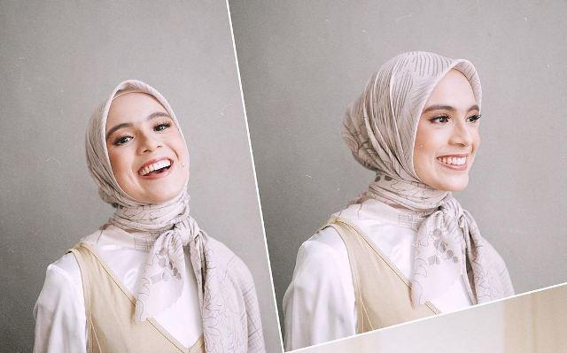 https: img.okezone.com content 2021 07 07 617 2436886 4-gaya-hijab-super-simpel-ala-nycta-gina-ZomJ1BFHpc.jpg