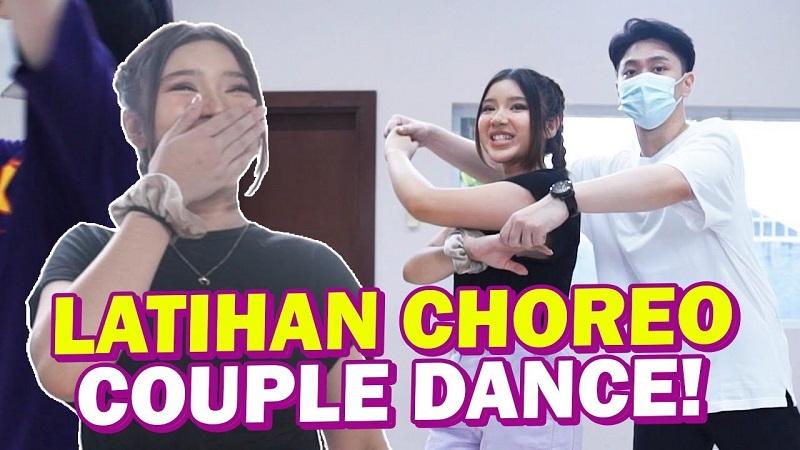 https: img.okezone.com content 2021 07 09 205 2438022 ada-couple-dance-di-mv-hadapi-berdua-tiara-andini-itu-tantangan-baru-dYSUk37mQT.jpg