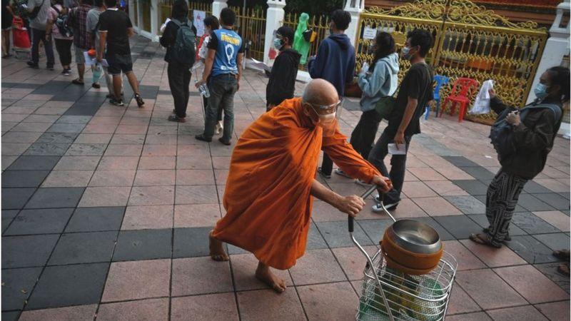 https: img.okezone.com content 2021 07 09 406 2438048 thailand-buka-pariwisata-pakar-ingatkan-kondisinya-bisa-lebih-parah-dari-indonesia-4EQ2B962Rw.jpg