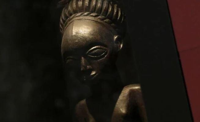 https: img.okezone.com content 2021 07 09 406 2438132 museum-belgia-janji-kembalikan-artefak-kuno-yang-pernah-dijarah-di-kongo-Gc80DDQ5Dc.JPG