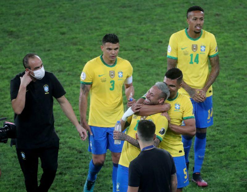 https: img.okezone.com content 2021 07 09 51 2437997 prediksi-brasil-vs-argentina-di-final-copa-america-2021-Akd38bARUo.jpg