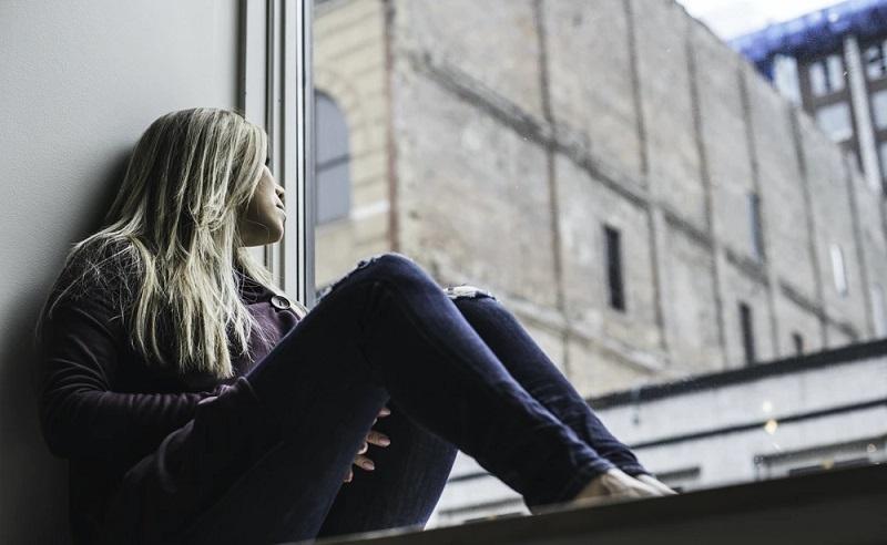https: img.okezone.com content 2021 07 09 612 2438115 tips-menjaga-kesehatan-mental-ala-psikolog-klinis-di-tengah-pandemi-RlGbOvxzOV.jpg