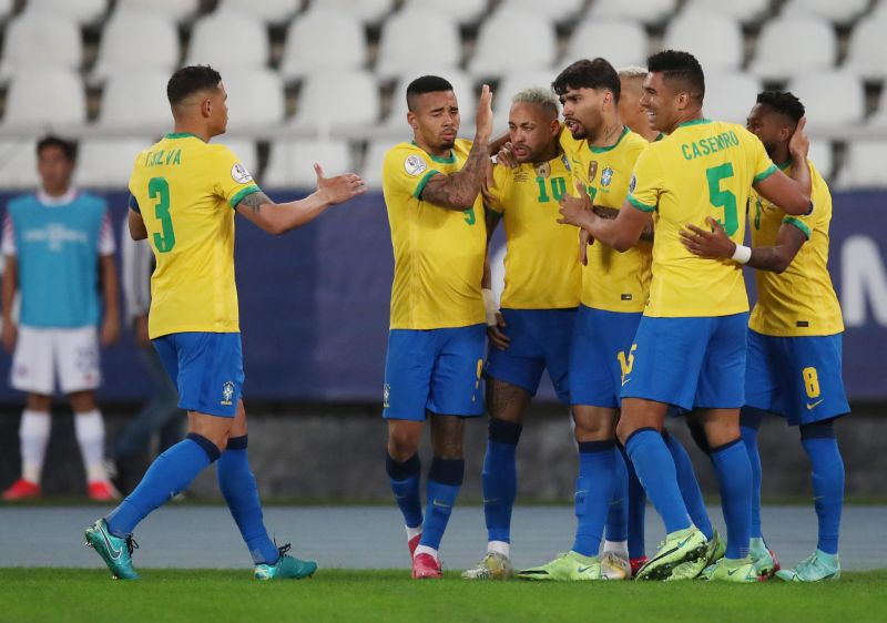 https: img.okezone.com content 2021 07 10 51 2438556 tampak-sombong-tite-optimis-brasil-hancurkan-argentina-di-final-copa-america-2021-KBaIzHqmju.jpg