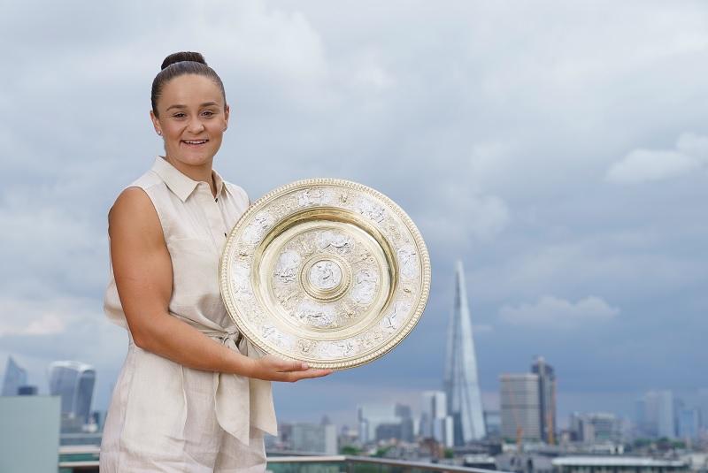 https: img.okezone.com content 2021 07 11 40 2439028 ditambah-ashleigh-barty-ini-daftar-juara-tunggal-putri-wimbledon-10-tahun-terakhir-UYlRa4zMBh.jpg