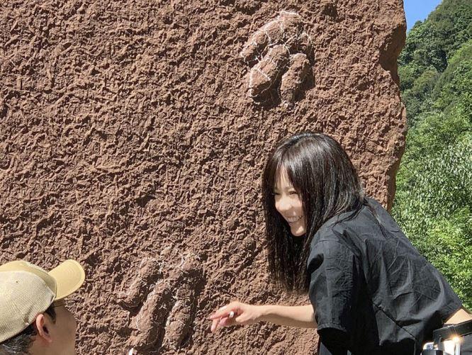 https: img.okezone.com content 2021 07 11 406 2438898 fosil-jejak-kaki-dinosaurus-ini-dinamakan-nobita-kenapa-ya-wzBfsv7bXT.JPG