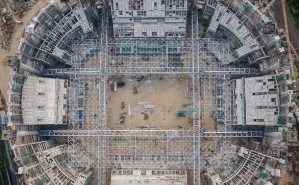 https: img.okezone.com content 2021 07 11 470 2438818 jakarta-international-stadium-catat-rekor-dunia-konstruksi-diklaim-mirip-markas-madrid-mEqmAr4Bpc.jpg