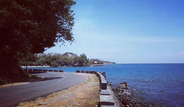 https: img.okezone.com content 2021 07 12 406 2439163 11-wisatawan-pantai-batu-gong-tenggelam-satu-meninggal-dunia-QKcEySeLOg.JPG