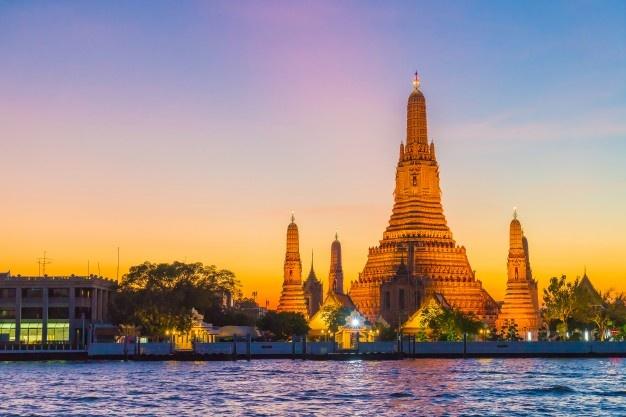 https: img.okezone.com content 2021 07 12 406 2439437 bangkok-lockdown-covid-19-penerbangan-ditangguhkan-1Vi4rhvvwn.jpg