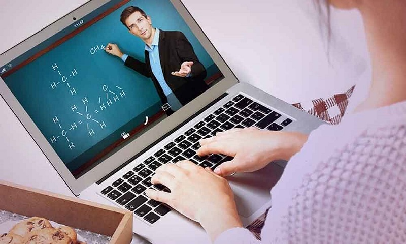 https: img.okezone.com content 2021 07 12 65 2439467 depok-laksanakan-belajar-jarak-jauh-tahun-ajaran-2021-2022-qL80yrDVcZ.jpg