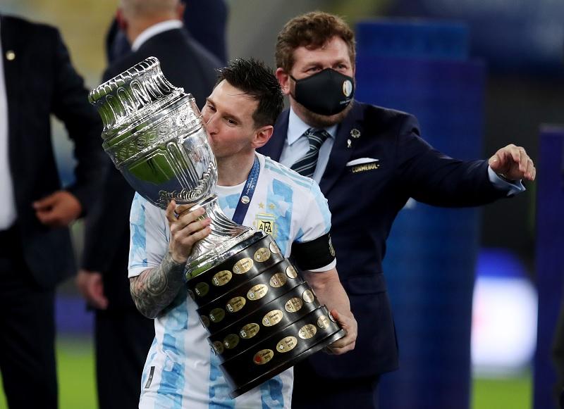 https: img.okezone.com content 2021 07 13 51 2439940 wacana-duel-argentina-vs-italia-di-piala-super-lionel-messi-bisa-unjuk-gigi-WZvsWAbiNK.jpg