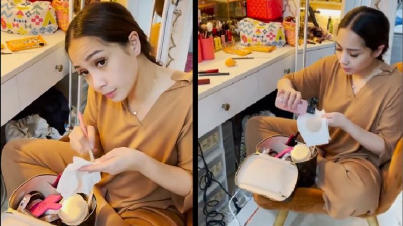 https: img.okezone.com content 2021 07 13 611 2440134 ppkm-darurat-ikutin-tips-nagita-slavina-bersihkan-alat-makeup-yuk-GZ2tnj7K08.jpg