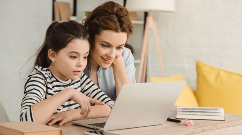 https: img.okezone.com content 2021 07 13 612 2440133 youtuber-banyak-jadi-cita-cita-coba-kenalkan-anak-coding-sejak-dini-xGe0kcBQaJ.jpg