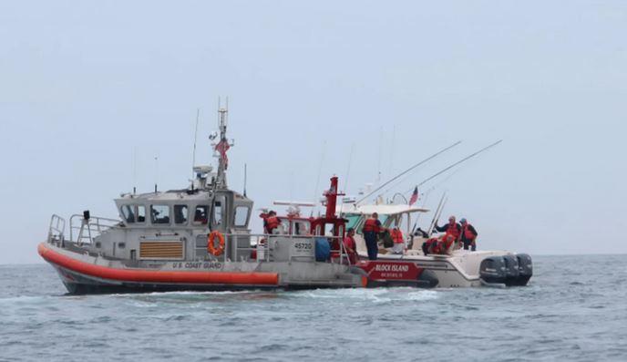 https: img.okezone.com content 2021 07 14 406 2440661 paus-berukuran-lebih-besar-dari-kapal-nelayan-mengamuk-di-rhode-island-l8SJk9N7HY.JPG
