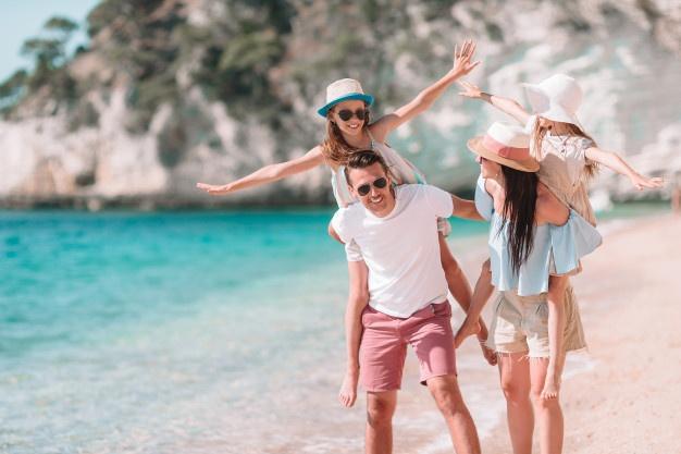 https: img.okezone.com content 2021 07 14 406 2440685 begini-cara-menyusun-rencana-liburan-bareng-anak-agar-wisata-lebih-menyenangkan-LgEkmRqzcz.jpg