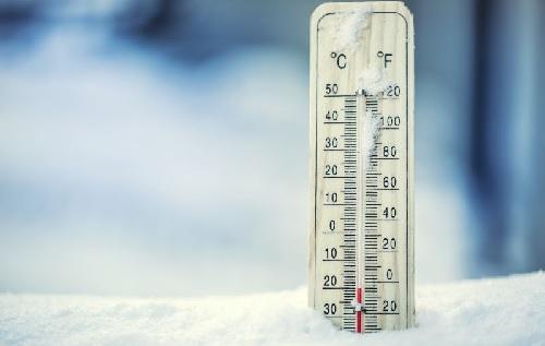 https: img.okezone.com content 2021 07 16 56 2441493 mengenal-fenomena-bediding-yang-bikin-suhu-udara-lebih-dingin-di-musim-kemarau-gXfppTuAMh.jpg