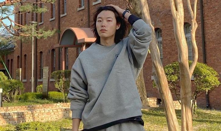 https: img.okezone.com content 2021 07 17 206 2442212 dukung-hyeri-ryu-jun-yeol-tonton-tiap-episode-my-roommate-is-a-gumiho-QvVYb8KDap.jpg