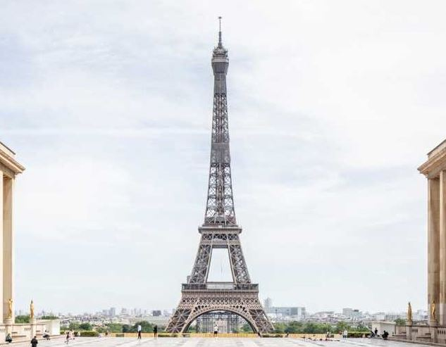 https: img.okezone.com content 2021 07 17 406 2442173 menara-eiffel-buka-lagi-setelah-9-bulan-tutup-turis-kami-mencintai-paris-qSFydhTwPV.JPG