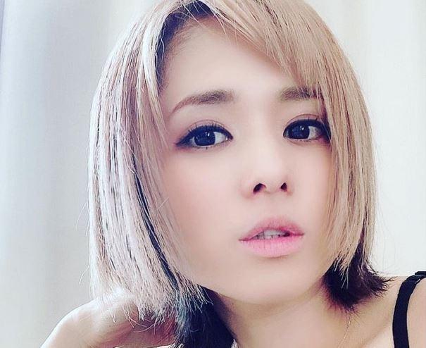 https: img.okezone.com content 2021 07 17 549 2442064 kenang-traveling-ke-indonesia-mantan-artis-porno-sola-aoi-kepincut-nasi-goreng-dan-sate-ZpVUZ6n2Hw.JPG