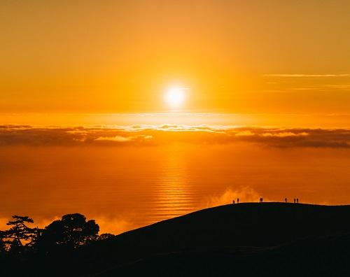 https: img.okezone.com content 2021 07 17 56 2442066 fakta-matahari-padam-pada-akhir-zaman-menurut-sains-dan-alquran-2Su8w7r4Yz.jpg