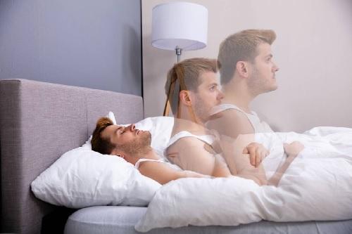 https: img.okezone.com content 2021 07 17 56 2442209 fakta-tentang-fenomena-tidur-ketindihan-menurut-sains-nfdelEcYwB.jpg