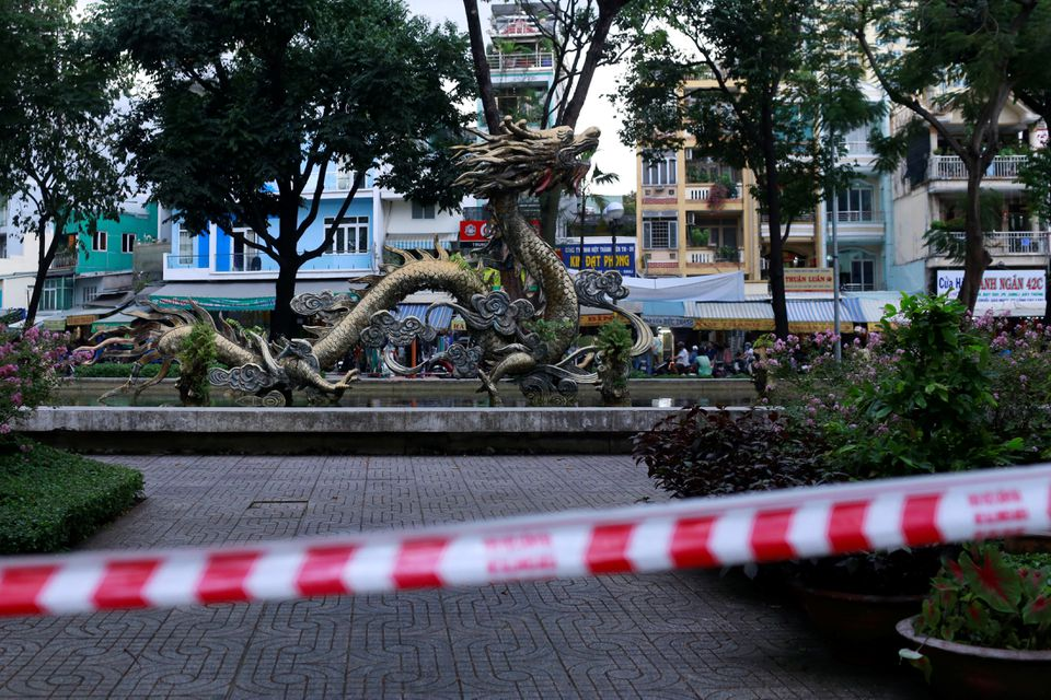 https: img.okezone.com content 2021 07 18 18 2442455 vietnam-lockdown-tutup-16-wilayah-oODhNT2nDD.jpg
