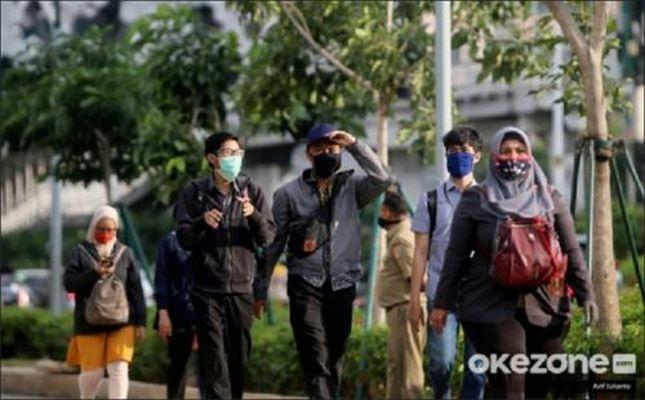 https: img.okezone.com content 2021 07 18 512 2442378 rektor-uns-dorong-mitigasi-pandemi-covid-19-berbasis-komunitas-PJEFAzgF56.jpg