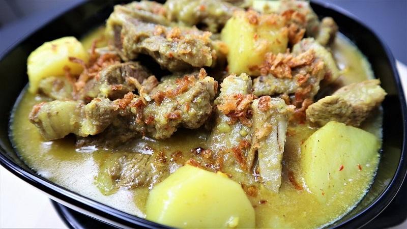 https: img.okezone.com content 2021 07 19 298 2442790 resep-gulai-kambing-tidak-bau-prengus-hidangan-spesial-idul-adha-di-rumah-XIXFbaoaE5.jpg