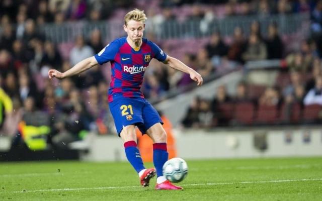 https: img.okezone.com content 2021 07 19 46 2442992 ronald-koeman-minta-de-jong-produktif-cetak-gol-untuk-barcelona-di-musim-2021-2022-vyDYrwITln.jpg