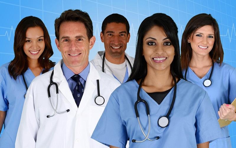 https: img.okezone.com content 2021 07 19 481 2442747 kemenkes-buka-pendaftaran-tenaga-kesehatan-ini-syaratnya-2K1KaRCpW0.jpg