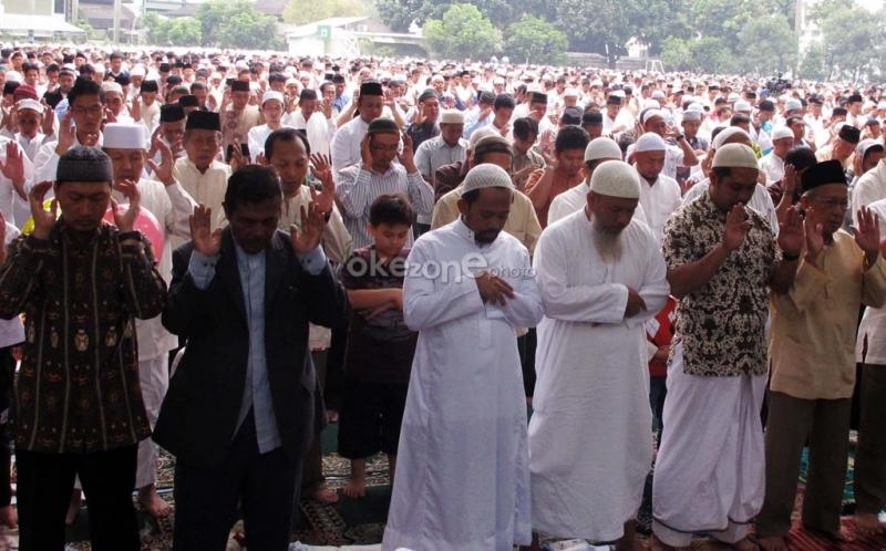 https: img.okezone.com content 2021 07 19 614 2443150 seperti-indonesia-negara-muslim-ini-juga-tak-gelar-sholat-idul-adha-di-masjid-dan-lapangan-weZhaFQPcf.jpg