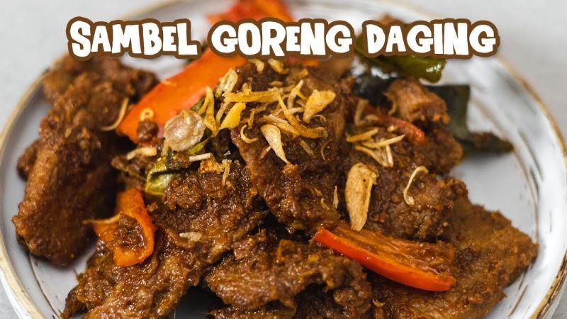 https: img.okezone.com content 2021 07 20 298 2443401 resep-menu-idul-adha-sambal-goreng-daging-empuk-dan-gurih-d1TLV6cQlL.jpg