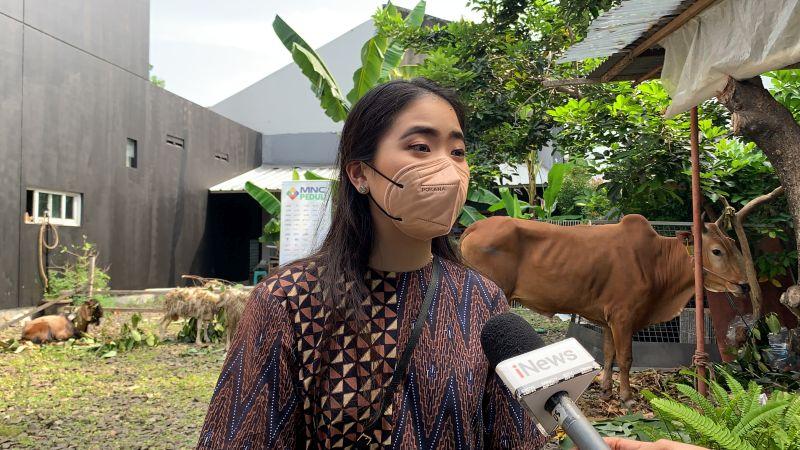 https: img.okezone.com content 2021 07 20 338 2443314 mnc-peduli-salurkan-hewan-kurban-untuk-warga-kelurahan-rawa-barat-9vPf7nogtq.jpg