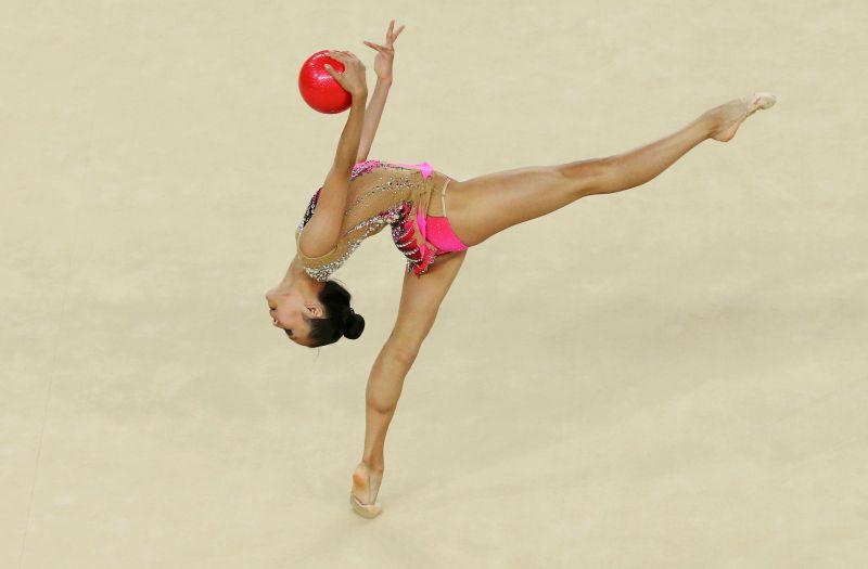 https: img.okezone.com content 2021 07 20 43 2443243 jelang-pembukaan-olimpiade-tokyo-2020-sederet-atlet-positif-covid-19-WAWEEBGKsi.jpg