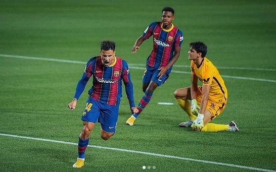 https: img.okezone.com content 2021 07 20 51 2443237 butuh-bek-tengah-barcelona-ingin-tukar-philippe-coutinho-dengan-pemain-ac-milan-YbIEGNzqi5.jpg