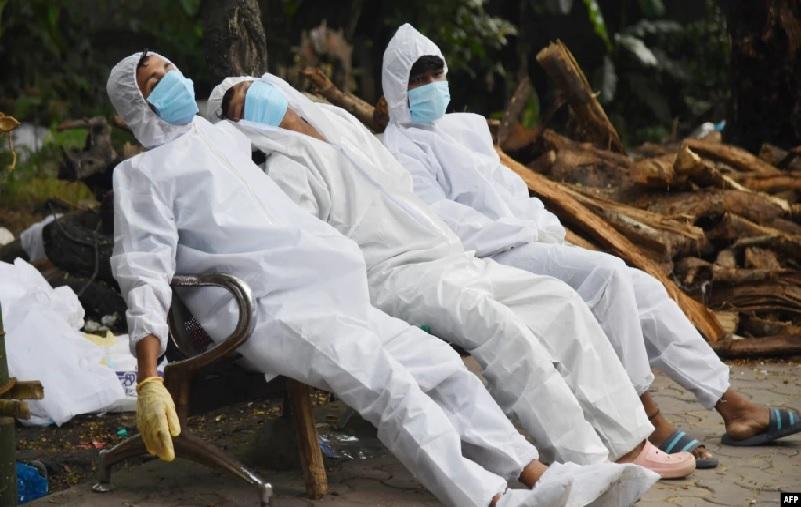 https: img.okezone.com content 2021 07 21 18 2443524 studi-kematian-akibat-covid-19-di-india-10-kali-lebih-besar-daripada-laporan-resmi-1qkx6of3dH.jpg