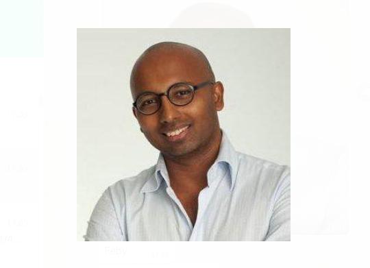https: img.okezone.com content 2021 07 21 278 2443541 perkuat-investor-relations-digital-business-development-mnc-group-rekrut-omar-giri-valliappan-nbMQNoZqQ5.png
