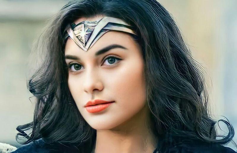 https: img.okezone.com content 2021 07 21 33 2444050 seksinya-nora-alexandra-the-real-wonder-woman-vFhzVx5fRb.jpg