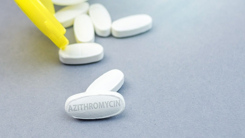 https: img.okezone.com content 2021 07 21 481 2443620 azithromycin-tidak-boleh-untuk-pasien-covid-19-kalau-terlanjur-minum-knLhBMjSON.jpg