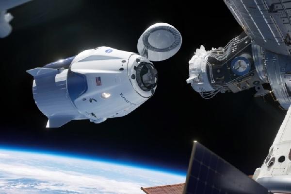 https: img.okezone.com content 2021 07 21 56 2443758 wisata-ke-luar-angkasa-capai-rp799-miliar-apa-saja-yang-didapat-zy063xxxQb.jpg