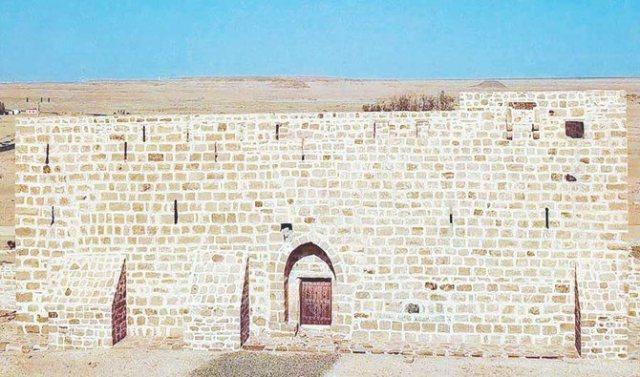 https: img.okezone.com content 2021 07 21 615 2443953 dhat-al-hajj-benteng-bersejarah-tempat-berkumpulnya-jamaah-haji-JwaZPaUray.jpg