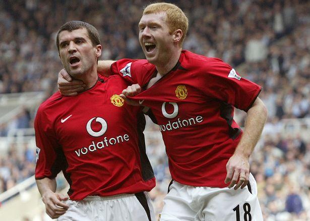 https: img.okezone.com content 2021 07 22 45 2444198 duo-gelandang-terbaik-dalam-sejarah-liga-inggris-nomor-1-punya-man-united-lyVE77kXvL.jpg
