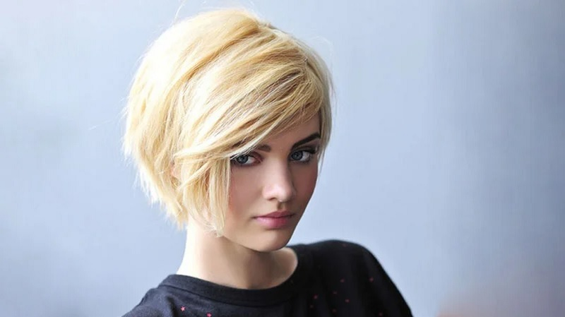 https: img.okezone.com content 2021 07 22 611 2444119 5-inspirasi-model-rambut-bob-kekinian-yang-stylish-E8FpVMBPG7.jpg