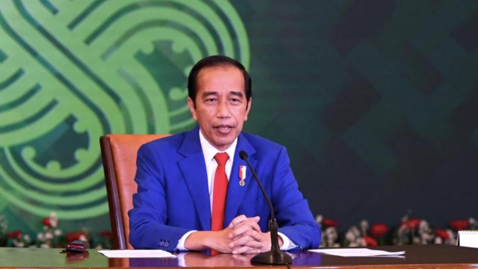 https: img.okezone.com content 2021 07 22 65 2444431 jokowi-sambut-baik-lahirnya-universitas-insan-cita-indonesia-6tMrNZOkmv.jpg