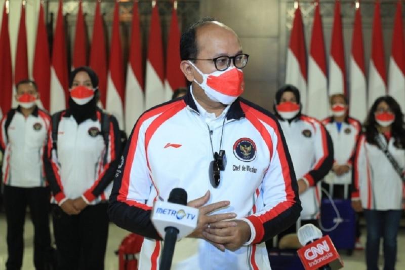 https: img.okezone.com content 2021 07 23 43 2444902 jelang-pembukaan-olimpiade-tokyo-2020-cdm-indonesia-beri-suntikan-semangat-ke-para-atlet-b9eZST0vNg.jpg