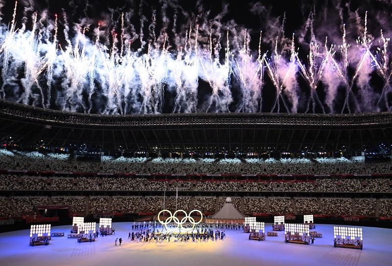 https: img.okezone.com content 2021 07 23 43 2445076 berlangsung-khidmat-upacara-pembukaan-olimpiade-tokyo-2020-diawali-dengan-koreografi-teatrikal-WjZAdLmkV4.jpg