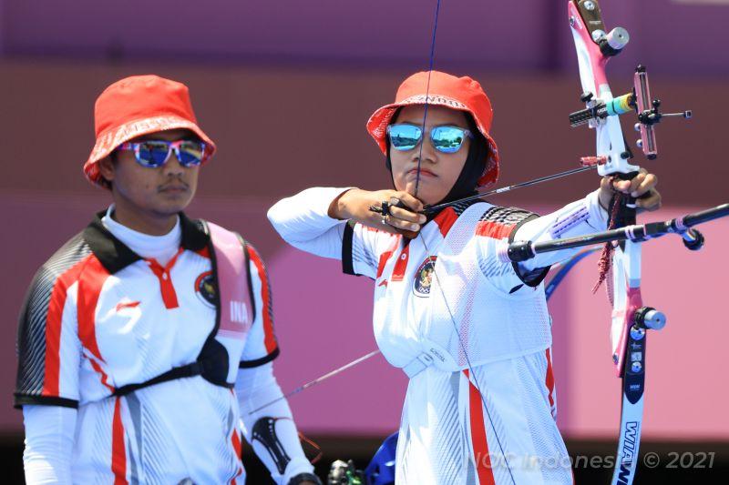 https: img.okezone.com content 2021 07 24 43 2445457 kalah-di-beregu-campuran-ini-target-timnas-panahan-indonesia-selanjutnya-di-olimpiade-tokyo-2020-xxuTeTINei.jpg